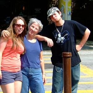 Katie, Ellen, Jonah & Les Paul Cleveland, August 2007